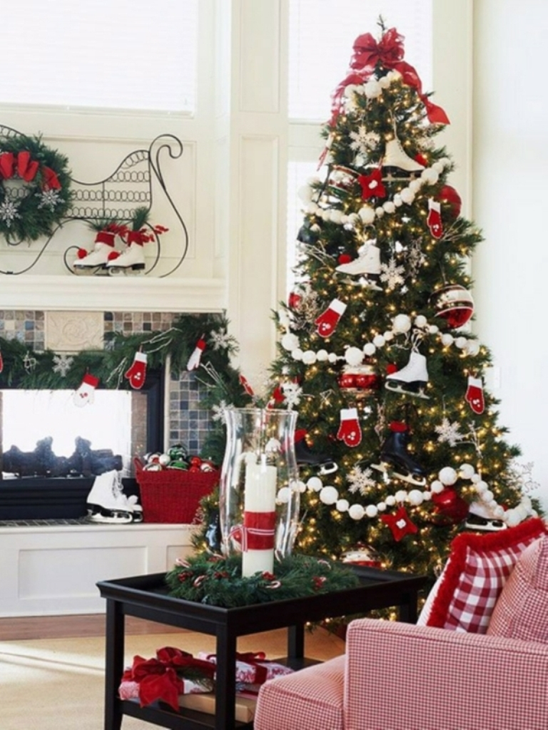 christmas-tree-decorating-tips-2015-bkq8cd93